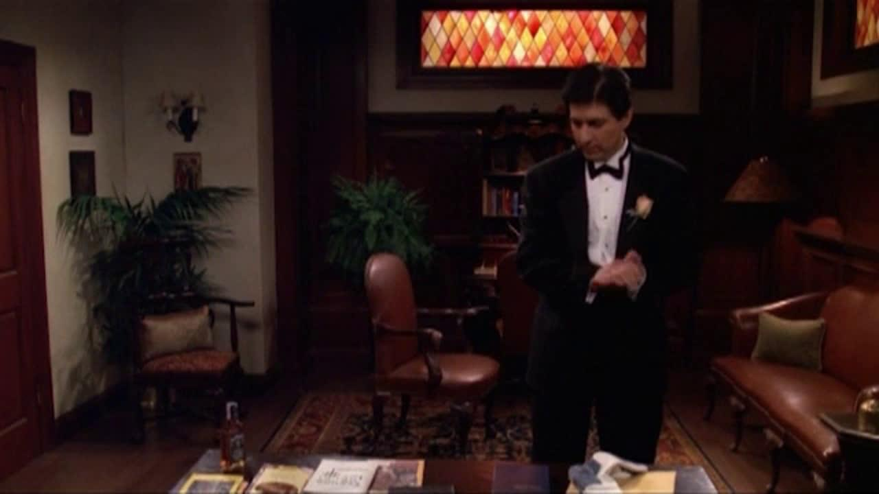 Всички обичат Реймънд   Сезон 2 Епизод 25