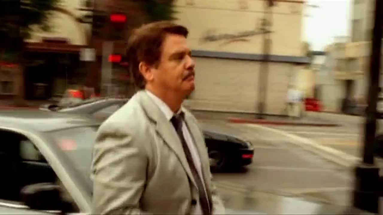 Военни престъпления Лос Анджелис  Сезон 2 Епизод 1