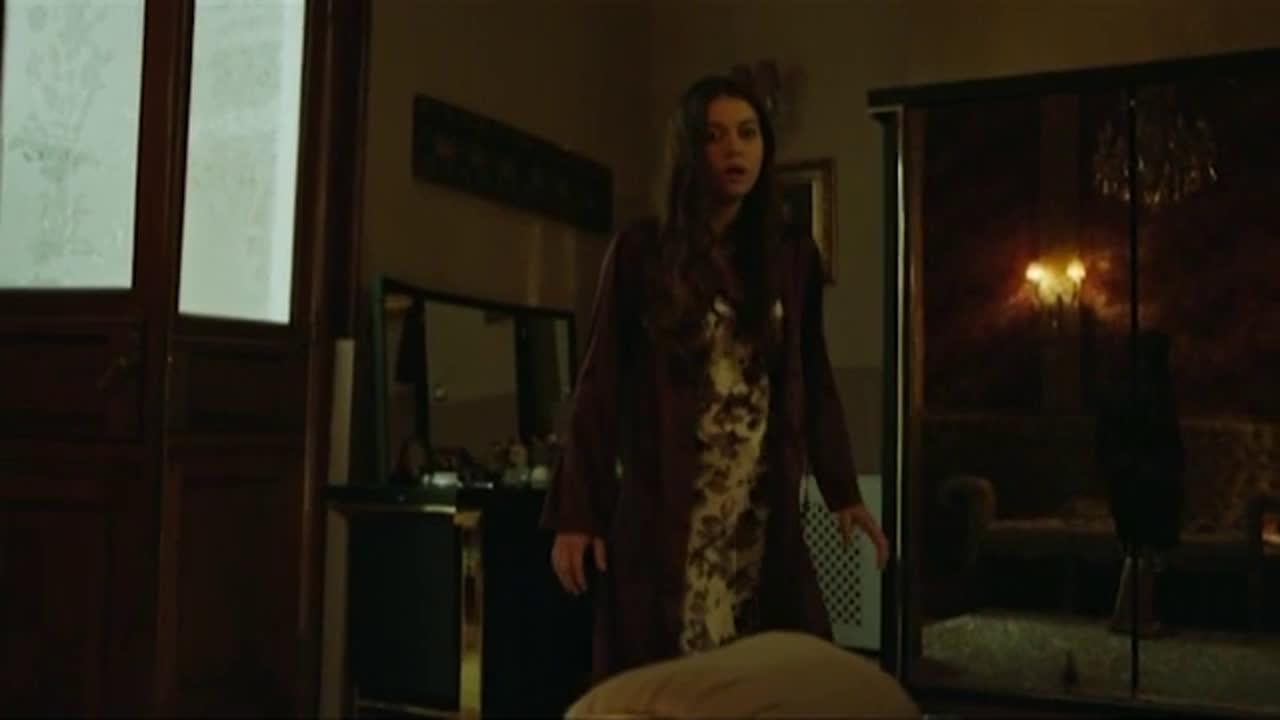 Госпожа Фазилет и нейните дъщери Сезон 2 Епизод 131